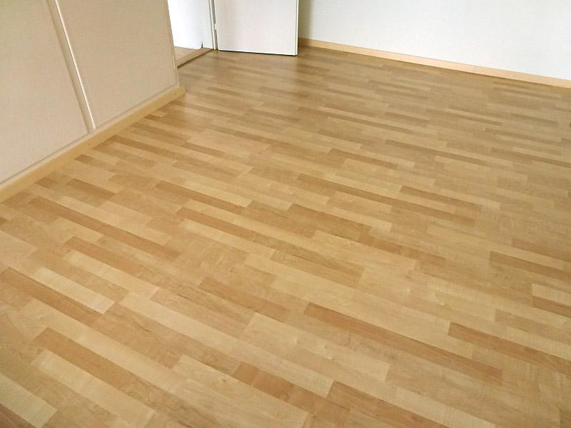 parkettboden verlegen laminat eichenriemen korkboden. Black Bedroom Furniture Sets. Home Design Ideas